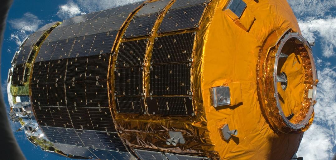 HTV przechwycony przez ISS / Credit: NASA