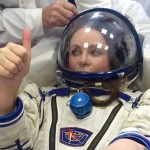 Sarah Brightman podczas treningu do lotu Sojuz TMA-18M / Credits: Space Adventures