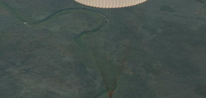 Lądujący Sojuz TMA-15M / Credits - NASA/Bill Ingalls