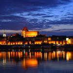 Toruńska starówka o zmierzchu / Credit: Jan Mehlich, License: CC-BY-SA 3.0