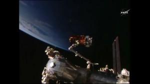 Przechwycenie HTV-5 / Credits - NASA TV