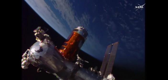 Tuż przed przyłączeniem HTV-5 do Harmony / Credits - NASA TV