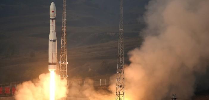 Start Długiego Marszu-6 z satelitami Jilin