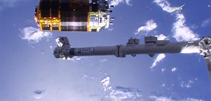 Odłączenie HTV-5 od ISS / Credits - NASA