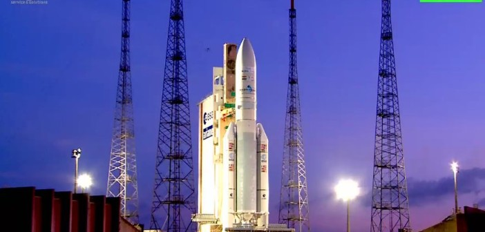 Kadr ze startu rakiety Ariane 5 z satelitami Arabsat-6B oraz GSat-15 / Credits - Arianespace