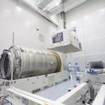 Statek transportowy Cygnus w Space Station Processing Facility / Źródło: Jim Grossmann