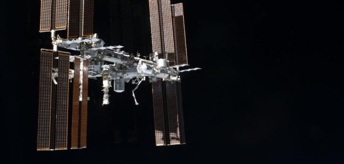 Międzynarodowa Stacja Kosmiczna - widok z 2011 roku / Credits - NASA