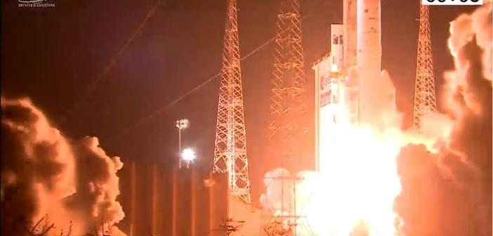 Start Ariane 5 z Intelsatem 29E na pokładzie / Credits - Arianespace