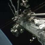 Astronauta podczas spaceru EVA-35 / Credits: NASA TV