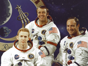 Załoga Apollo 14. Od lewej Stu Roosa, Alan Shepard i Edgar Mitchell / Credits: NASA
