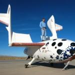 Burt Rutan na SpaceShipOne - zdjęcie z 2004 roku / Credits - Scaled Composites