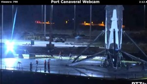 Dolna część pierwszego stopnia Falcona 9R U po powrocie do portu Canaveral / Credits - port Canaveral webcam