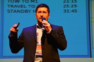 Krzysztof Kanawka from Blue Dot Solutions presents the idea / Credits - Blue Dot Solutions