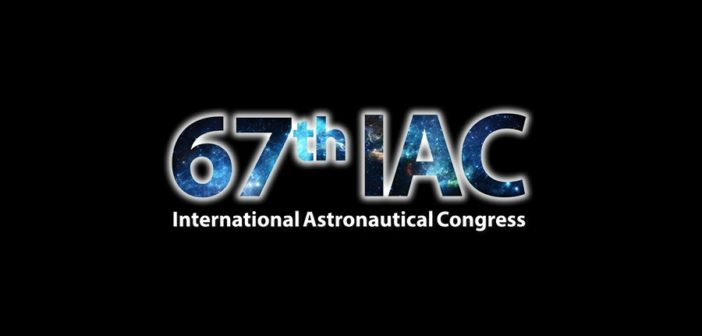 ESA Director General Jan Woerner meets the  Press at IAC 2016
