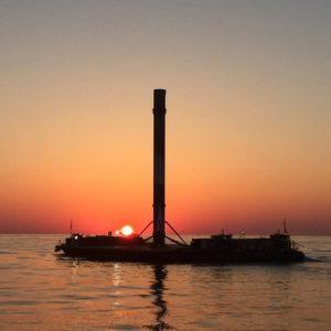 Kadr z powrotu platformy ASDS do portu Canaveral / Credits: SpaceX