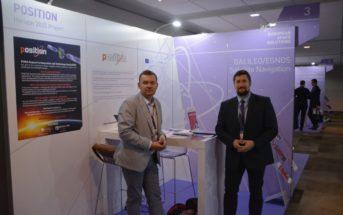 Stanowisko projektu POSITION - Łukasz Wilczyński (European Rover Challenge) i Krzysztof Kanawka (projekt POSITION) / Credits - Blue Dot Solutions