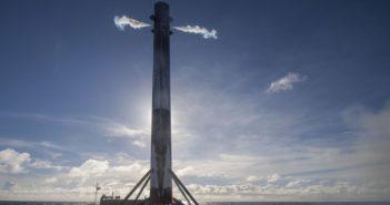 Pierwszy stopień Falcona 9R U na platformie ASDS / Credits: SpaceX