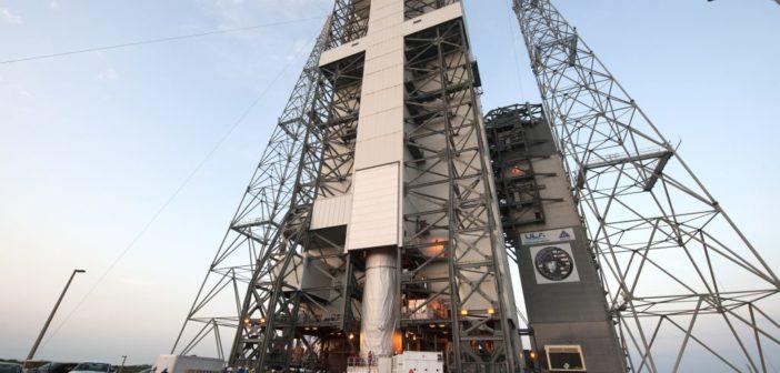 Przygotowania przedstartowe rakiety Delta IV HLV z satelitą NROL-37 (ULA)