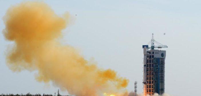 Start CZ-4B z satelitą SJ16-2 / Credits: www.news.cn