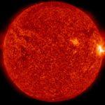 Tuż przed fazą maksymalną rozbłysku klasy M7.6 z 23 lipca 2016 / Credits - NASA, SDO