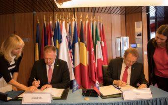Podpisanie Porozumienia o Stowarzyszeniu pomiędzy agencją ESA a słoweńskim ministerstwem gospodarki i rozwoju / Źródło: www.mgrt.gov.si