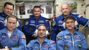 Aktualna załoga ISS - Ekspedycja 48 / Credits - NASA TV