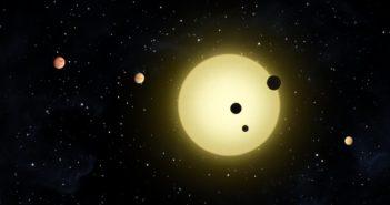 Wizja artystyczna ciasnego układu planetarnego / Credits - NASA/Tim Pyle