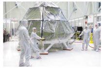 Kapsuła MPCV Orion w clean room w KSC / Credits - NASA