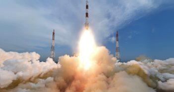 Start PSLV z satelitami ScatSat-1 i Pathfinder-1, 26 września 2016 / Credit: ISRO