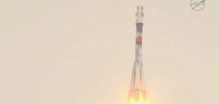 Start Sojuza MS-02 - 19.10.2016 / Credits - NASA TV