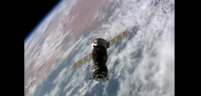 Sojuz MS-02 zbliża się do ISS / Credits - NASA TV