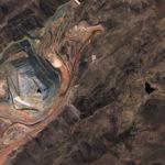 Zdjęcie kopalni miedzi Cuajone wykonane przez PeruSat-1 / Credit: CONIDA, AD&S