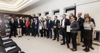 Zwycięzcy i partnerzy konkursu / Źródło: Blue Dot Solutions