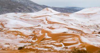 Amatorska fotografia śniegu na Saharze / Credits - Karim Bouchetata/Geoff Robinson Photography