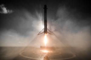 Lądowanie pierwszego stopnia F9R - 14.01.2017 / Credits - SpaceX