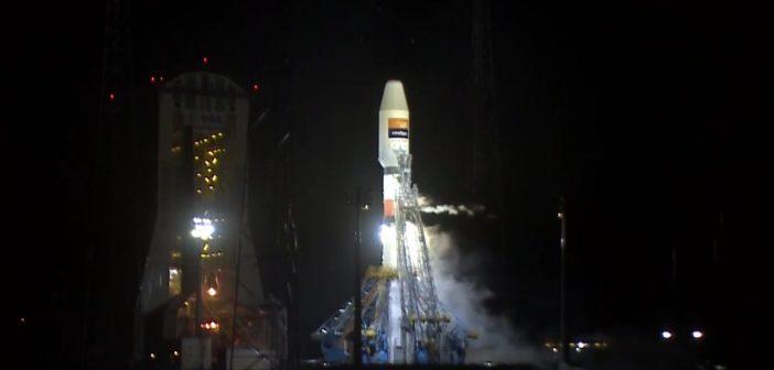 Rakieta Sojuz-STB z Hispasat 36W-1 na 2 minuty przed startem / Credits - Arianespace