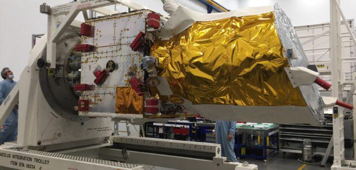 Sonda Aeolus w trakcie przygotowań do wysłania do Tuluzy / Źródło: Airbus Defence and Space