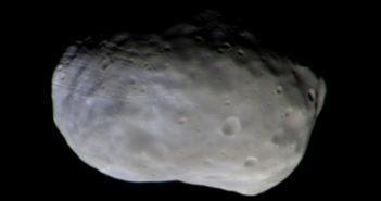 Zdjęcie satelity Fobos z kamery CaSSIS sondy Trace Gas Orbiter / Źródło: ESA/Roscosmos/CaSSIS – CC BY-SA IGO 3.0