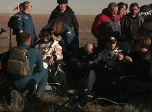 Część załogi Sojuza MS-02 na Ziemi / Credits - NASA TV