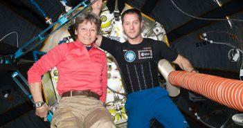 Peggy Whitson i Thomasem Pesquet na ISS / Credits - NASA