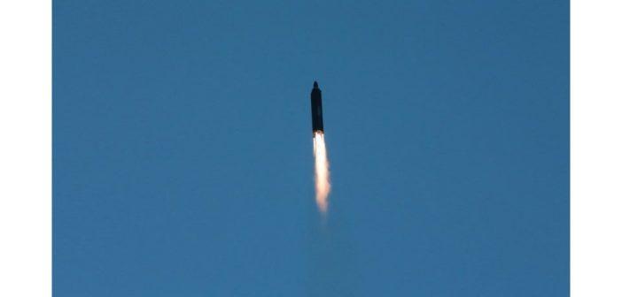 Testy północnokoreańskich pocisków balistycznych