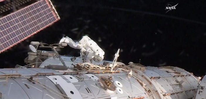 Kadr ze spaceru kosmicznego z 23.05.2017 / NASA