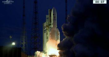 Start Ariane 5 z 4 maja 2017 / Credits - Arianespace