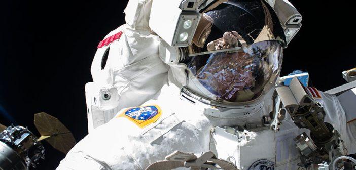 Awaryjny spacer kosmiczny na ISS