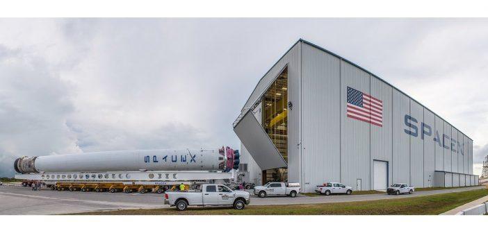 Dostarczenie pierwszego stopnia F9R do misji z BulgariaSat-1 - 03.06.2017 / Credits - SpaceX
