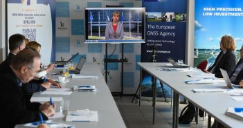 Airport Breakfast – on the use of European satellite navigation systems in aviation