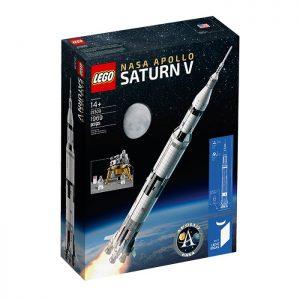 Saturn V z klocków LEGO / Credits - LEGO