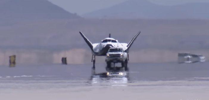 Holowanie Dream Chasera w AFRC / Credits - NASA, SNC