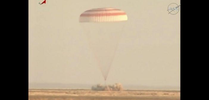 Moment lądowania Sojuza MS-04 / Credits - NASA TV