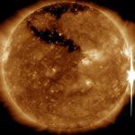 Pięć minut po fazie maksymalnej rozbłysku klasy X8.2 z grupy 2673 / Credits - NASA, SDO